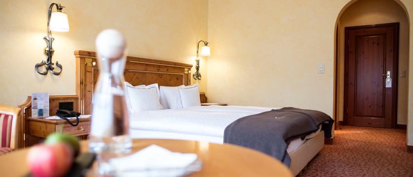 switzerland_zermatt_hotel-schonegg_bedroom.jpg